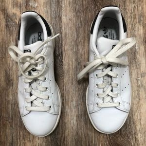 Adidas men's Stan Smith sneakers Size 4